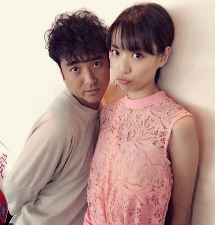 ムロツヨシと戸田恵梨香がドラマ共演で仲良すぎて付き合ってる?