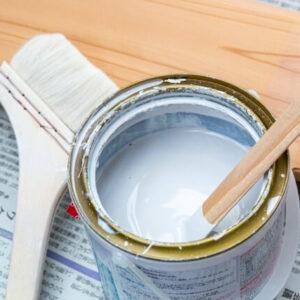 外壁リフォームに使われる人気の塗料は?種類・価格・メーカーを徹底比較